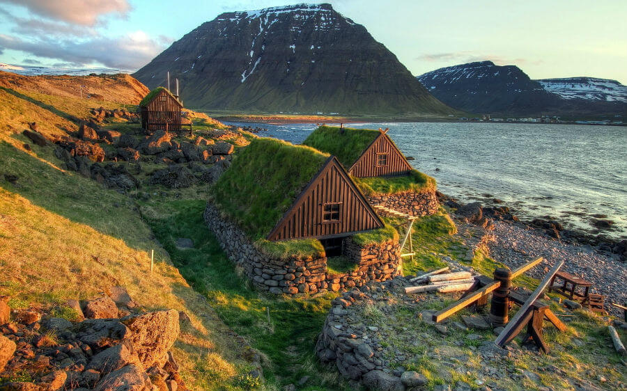 В Исландию из СПб