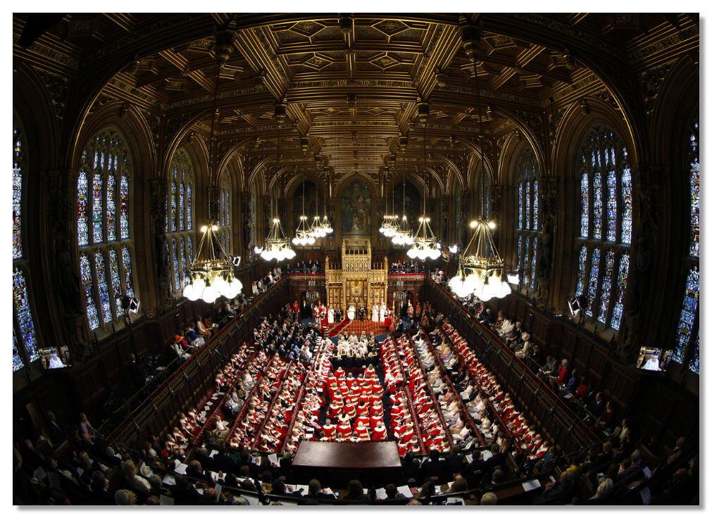 Зал заседания палаты лордов
