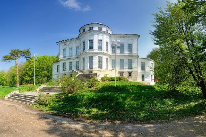 Дворец графа А. Бобринского