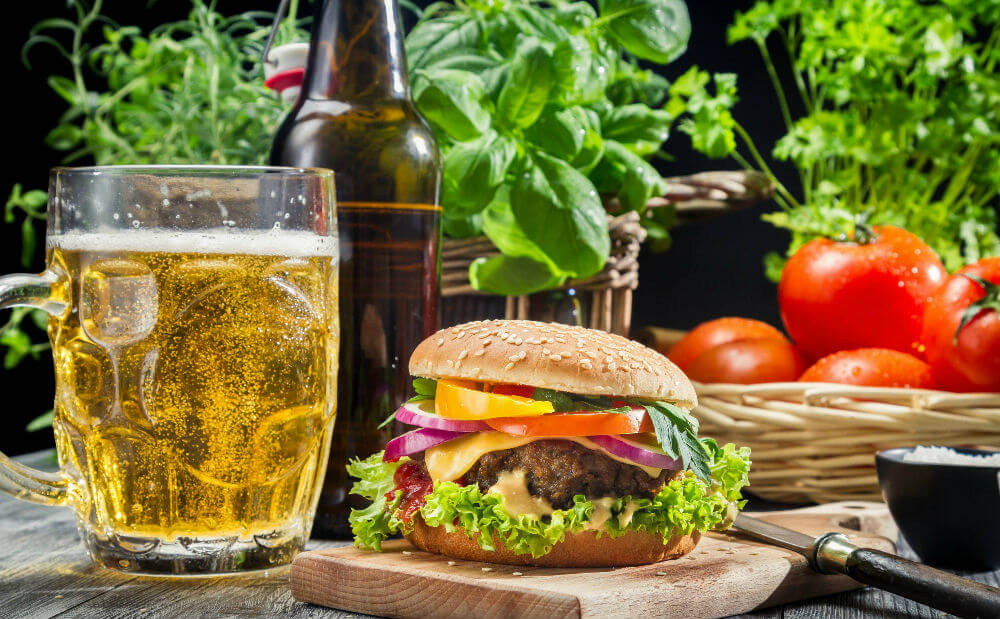 Прага приглашает отведать пива и гамбургеров