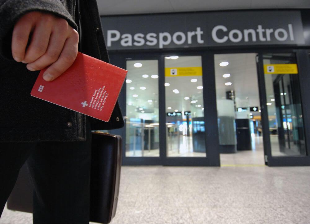 Увеличено время паспортного контроля в Европе