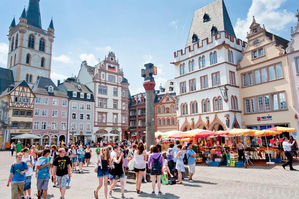 Немцы хотят принять еще больше туристов